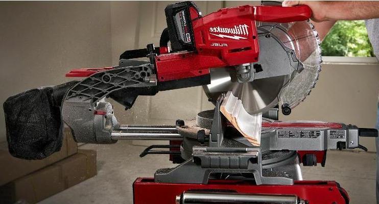 18-Volt Cordless 10in Dual Sliding Compound Miter