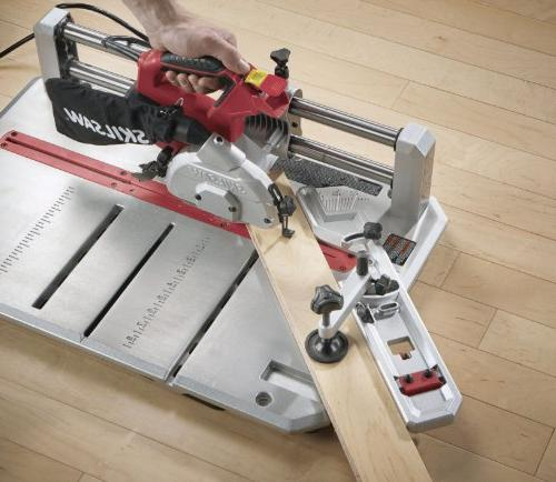 SKIL Flooring Saw with Blade